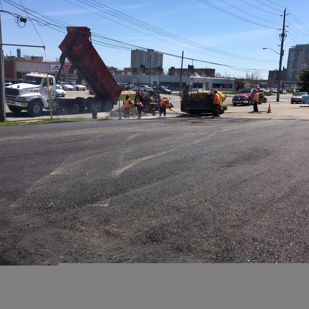 Asphalt Paving Commercial parking lot Asphalt paving etobicoke